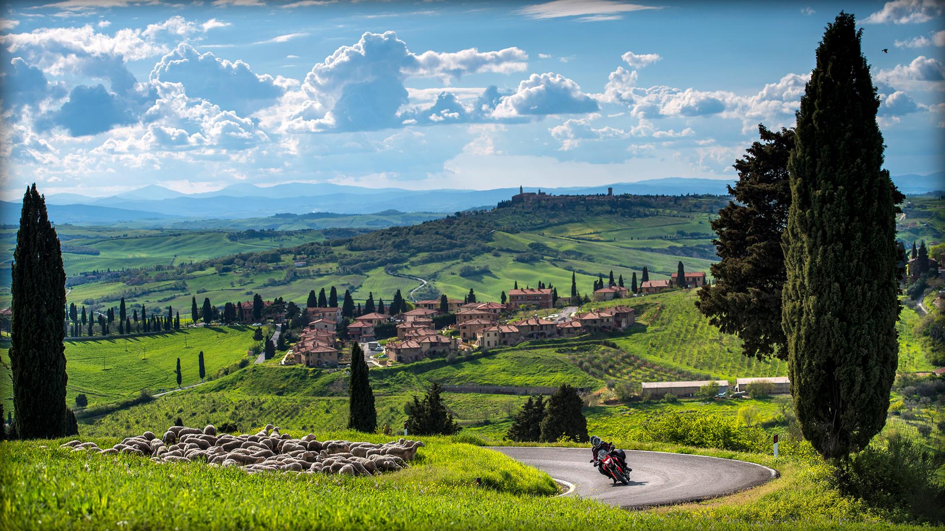 2014 Ducati  | Ducati Hyperstrada