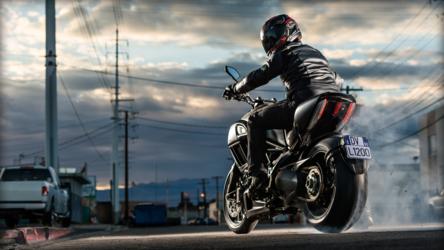 "2014 Ducati DIAVEL | Ducati Diavel ""Dark"""