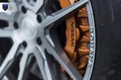 Nissan GTR - Gold Brembo Brakes