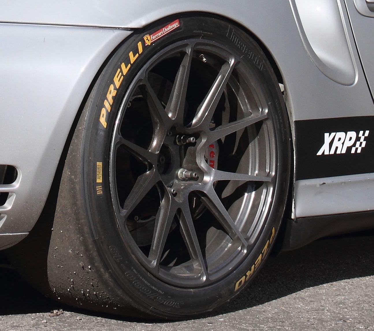 2001 Porsche 911 | Projekt King Kong on GA1R Open Lug Wheels