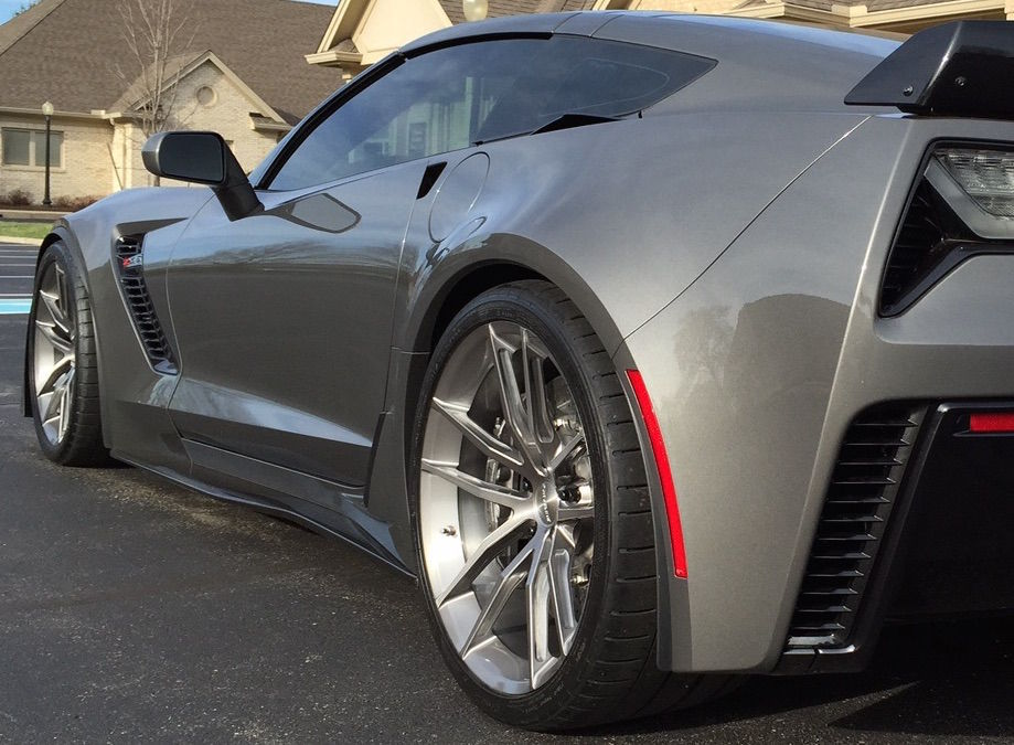 2015 Chevrolet Corvette Z06 |  Forgeline C7 Z06 on AR1 Wheels