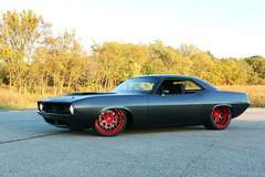 "Roadster Shop's ""HellFish"" '70 Cuda on Forgeline DE3C Concave Wheels"