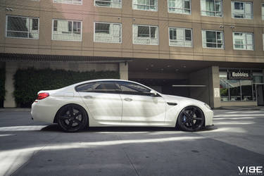 "BMW M6 on 20"" Rohana RC22 Wheels - Side Profile Shot"
