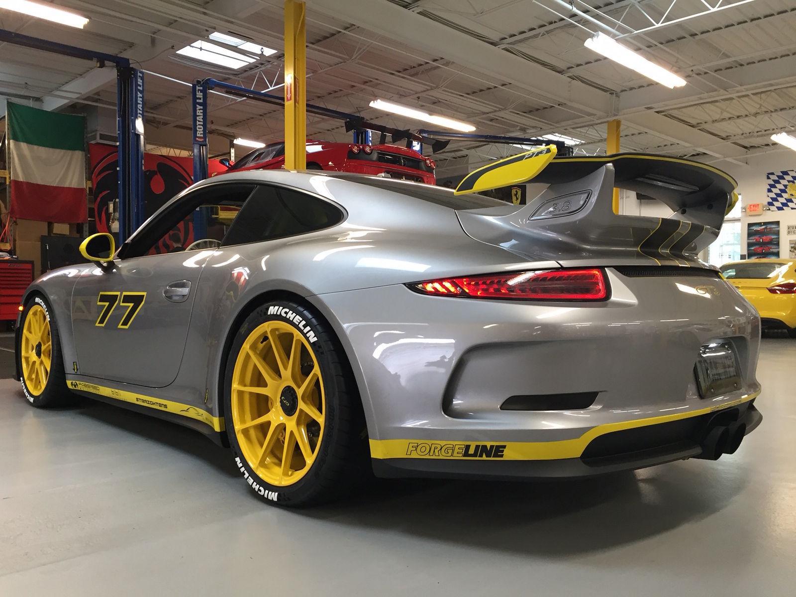 2016 Porsche 911 | Phil T's Porsche 991 GT3 With PCCB Ceramic Brakes on 19-inch Forgeline One Piece Forged Monoblock GA1R Centerlock Wheels
