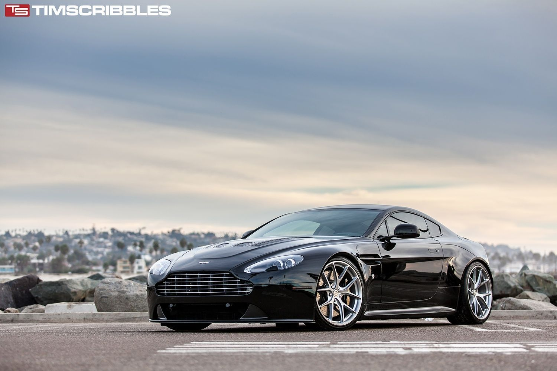 Aston Martin V8 Vantage | V8 Vantage