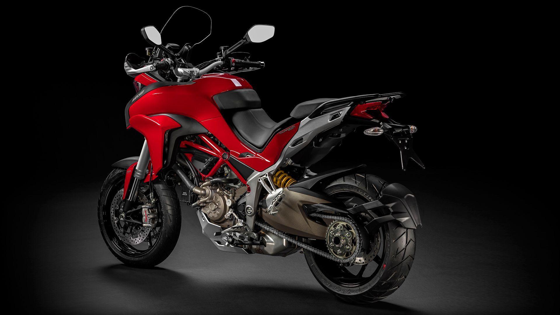 2015 Ducati MULTISTRADA 1200 | Multistrada 1200 S - Rear Side Shot