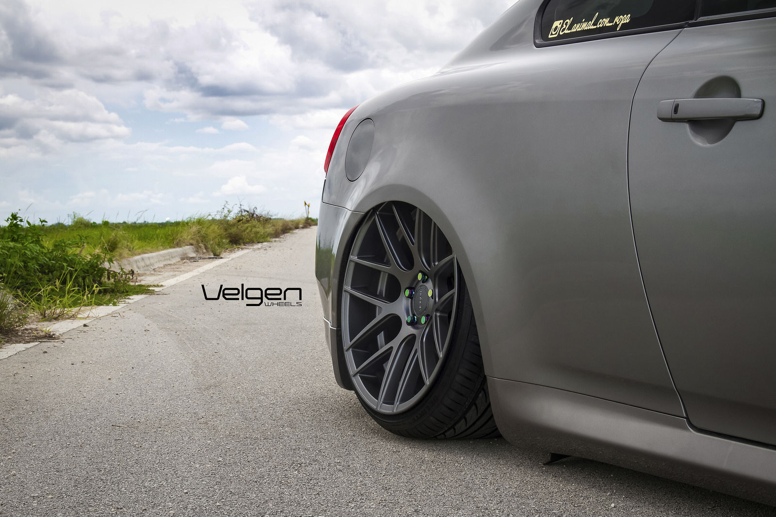 Infiniti G37 Coupe | Bagged Infiniti G37s on Velgen Wheels VMB7 - Tucked In