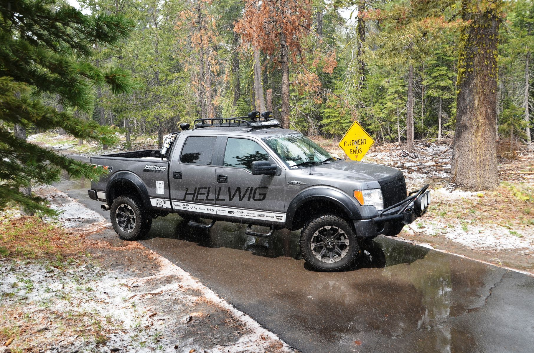 2009 Ford F-150 | Hellwig F150 at the Rubicon