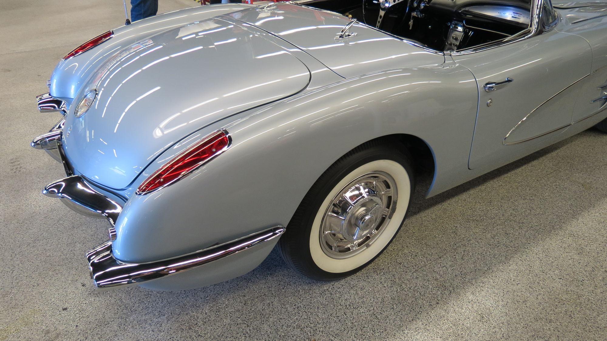1960 Chevrolet Corvette   1960 Corvette