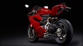 Ducati 1199 Panigale - Side Angled Shot