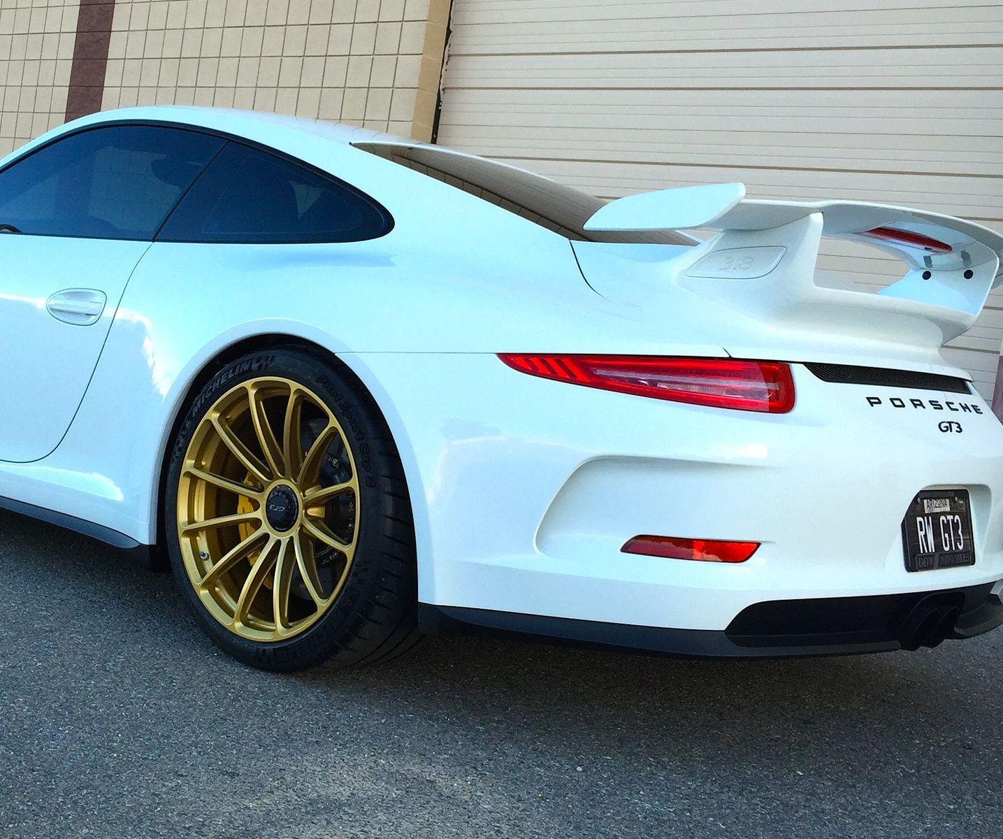 2015 Porsche 911 | Porsche GT3 on 20-inch Forgeline One Piece Forged Monoblock GT1 Wheels