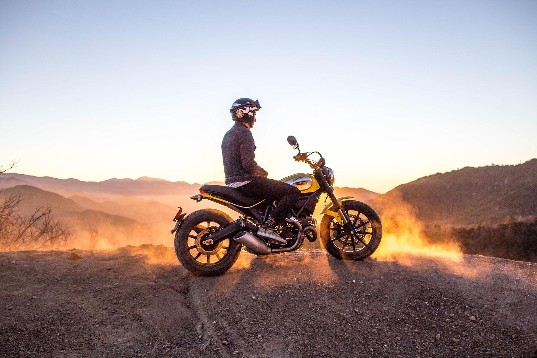 2015 Ducati Scrambler Icon | Ducati Scrambler - Morning Rides