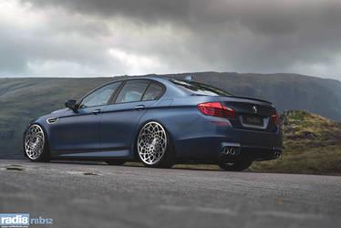 Radi8 R8B12 - BMW M5