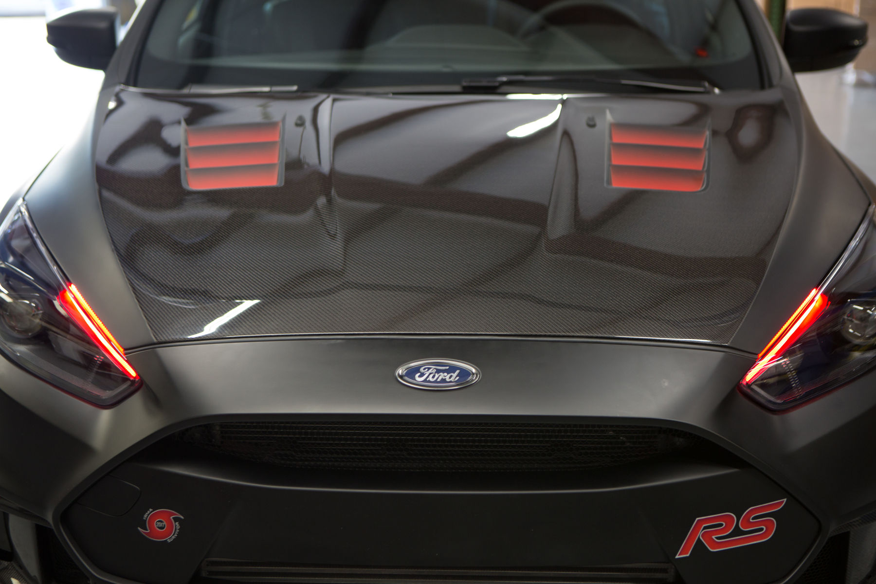 2017 Ford Focus Rs Triathlete By Vmp Performance Anderson Composites Carbon Fiber Hood Fordsema
