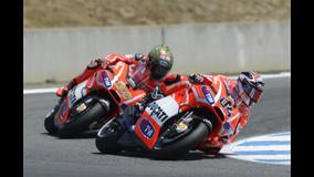 2013 MotoGP - Laguna Seca - Dovi and Hayden