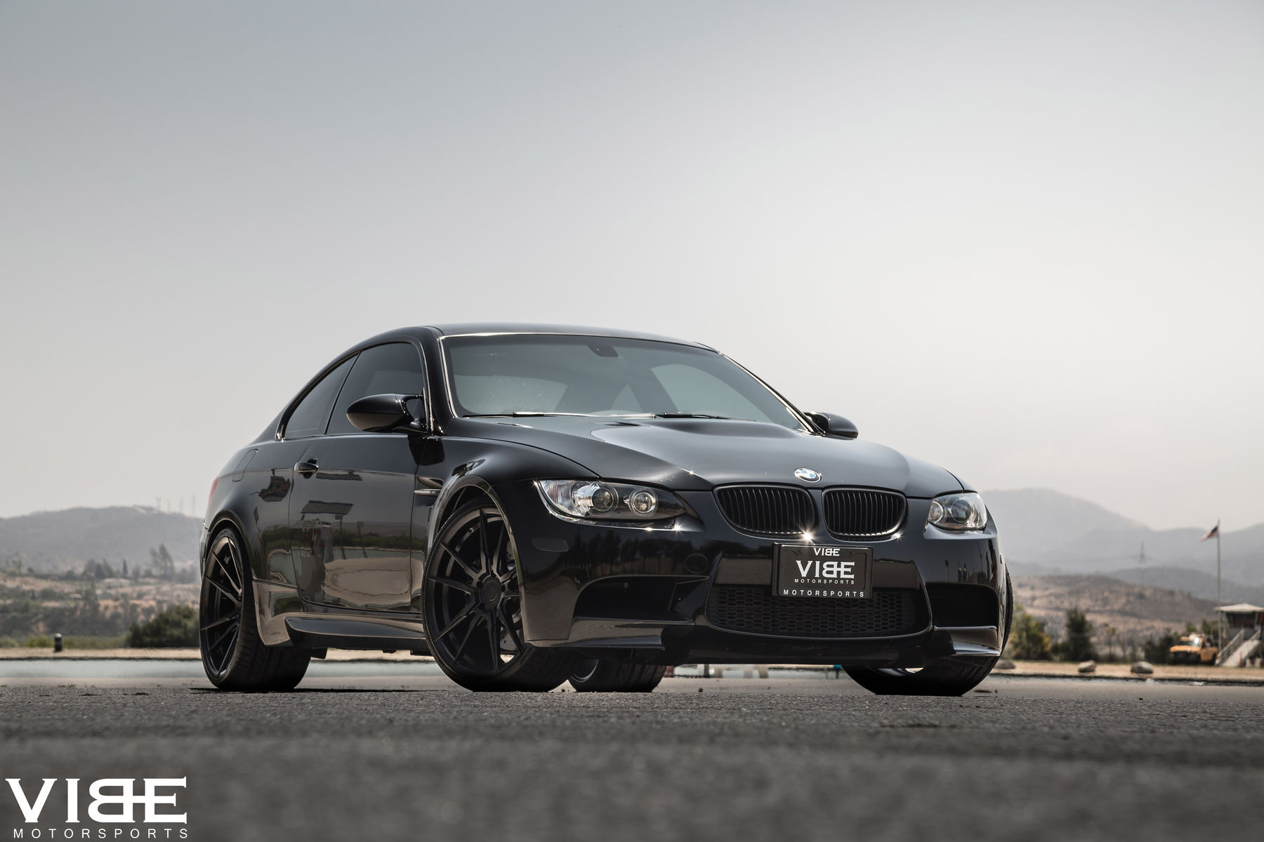 2012 BMW M3   '12 E92 M3 on Rohana 20's - Iconic