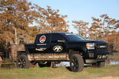 2014 Chevy Silverado Duck Commander - Passenger Side Profile