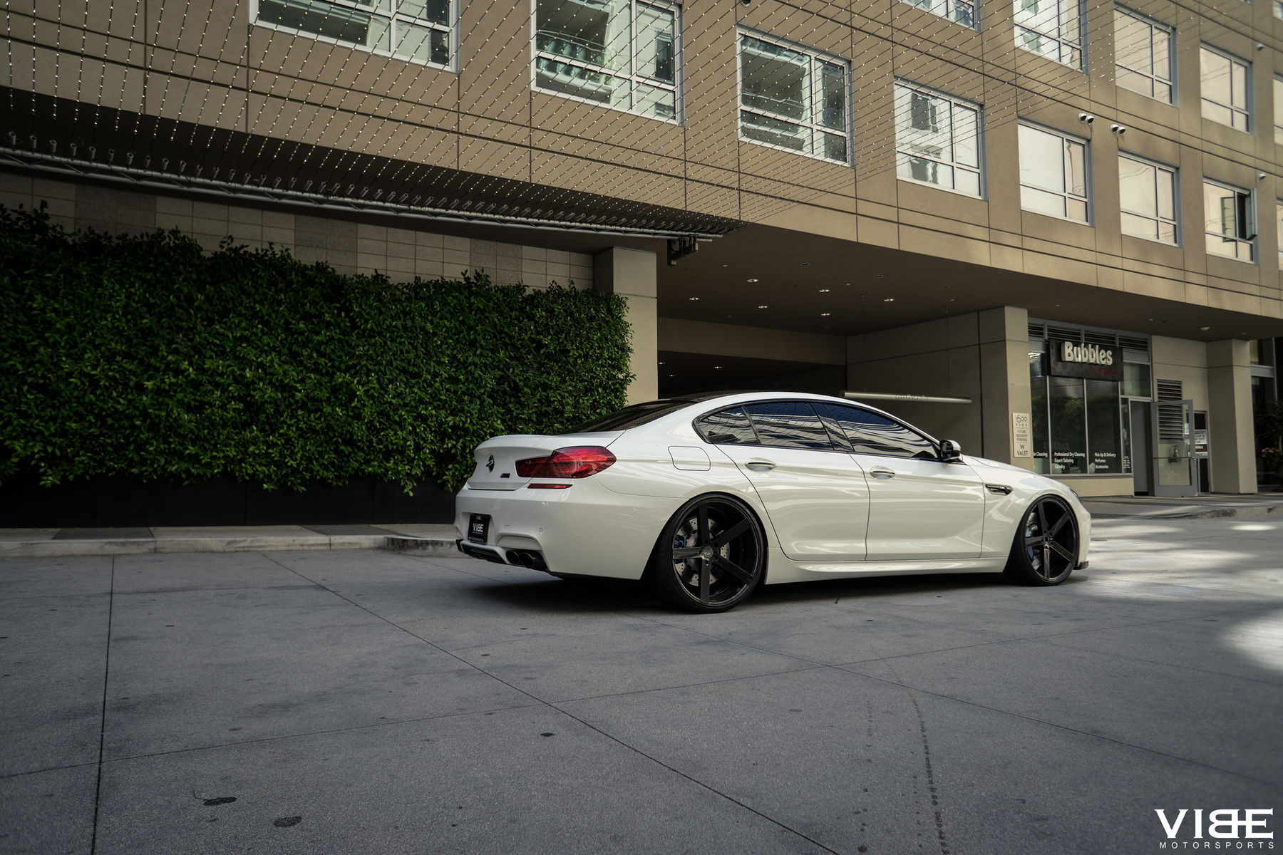 BMW M6 | BMW M6 on Rohana RC22 Wheels - Rear Side Shot