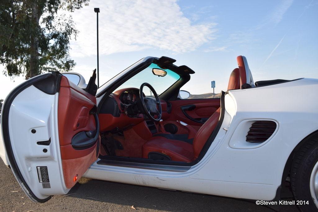 Porsche  | Hop In