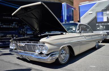 1961 Chevrolet Impala | George Poteet's Roadster Shop-Built 1961 Impala on Forgeline RS-OE1 Wheels