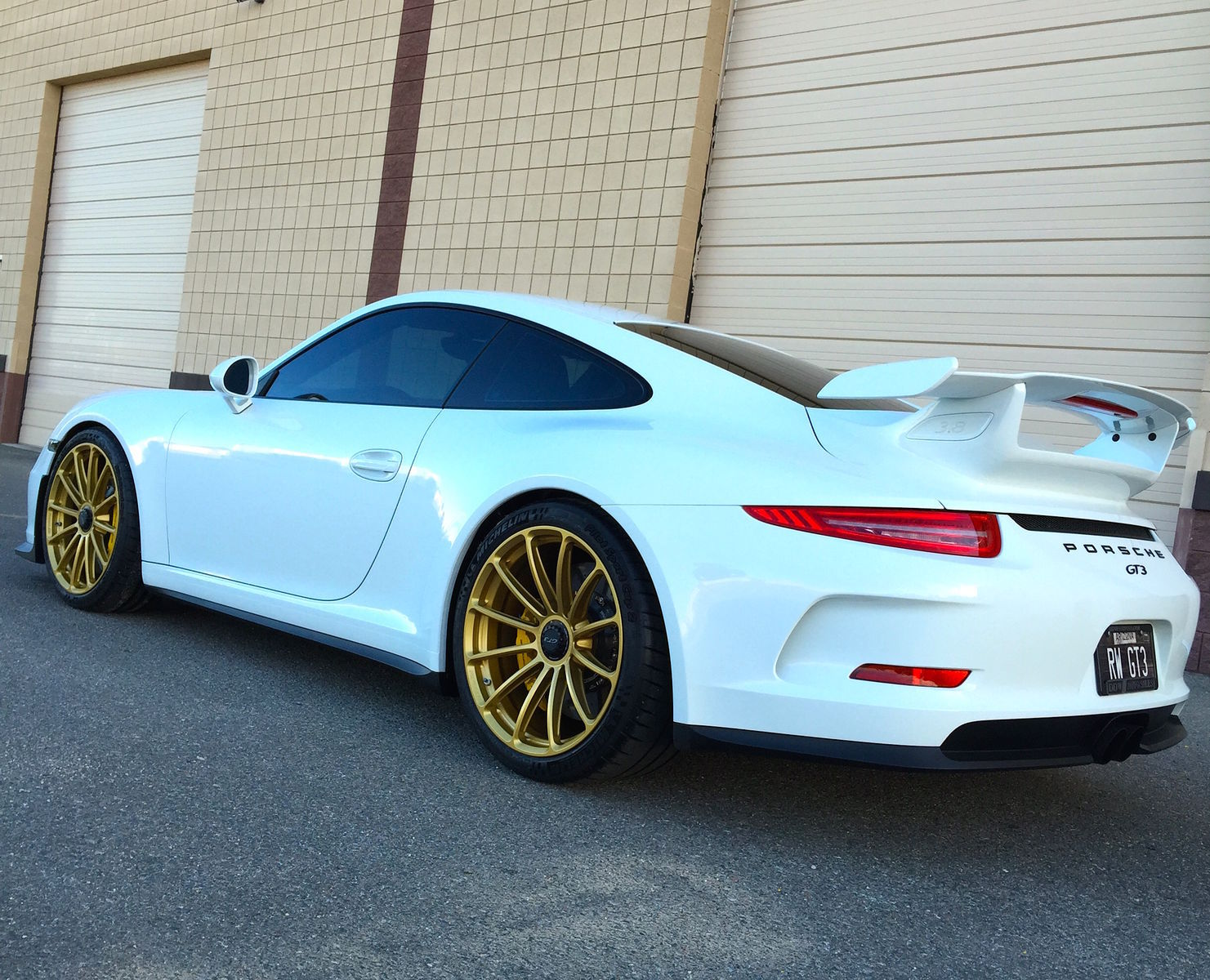 2015 Porsche 911 | Porsche GT3 on 20-inch Forgeline One Piece Forged Monoblock GT1 Wheels