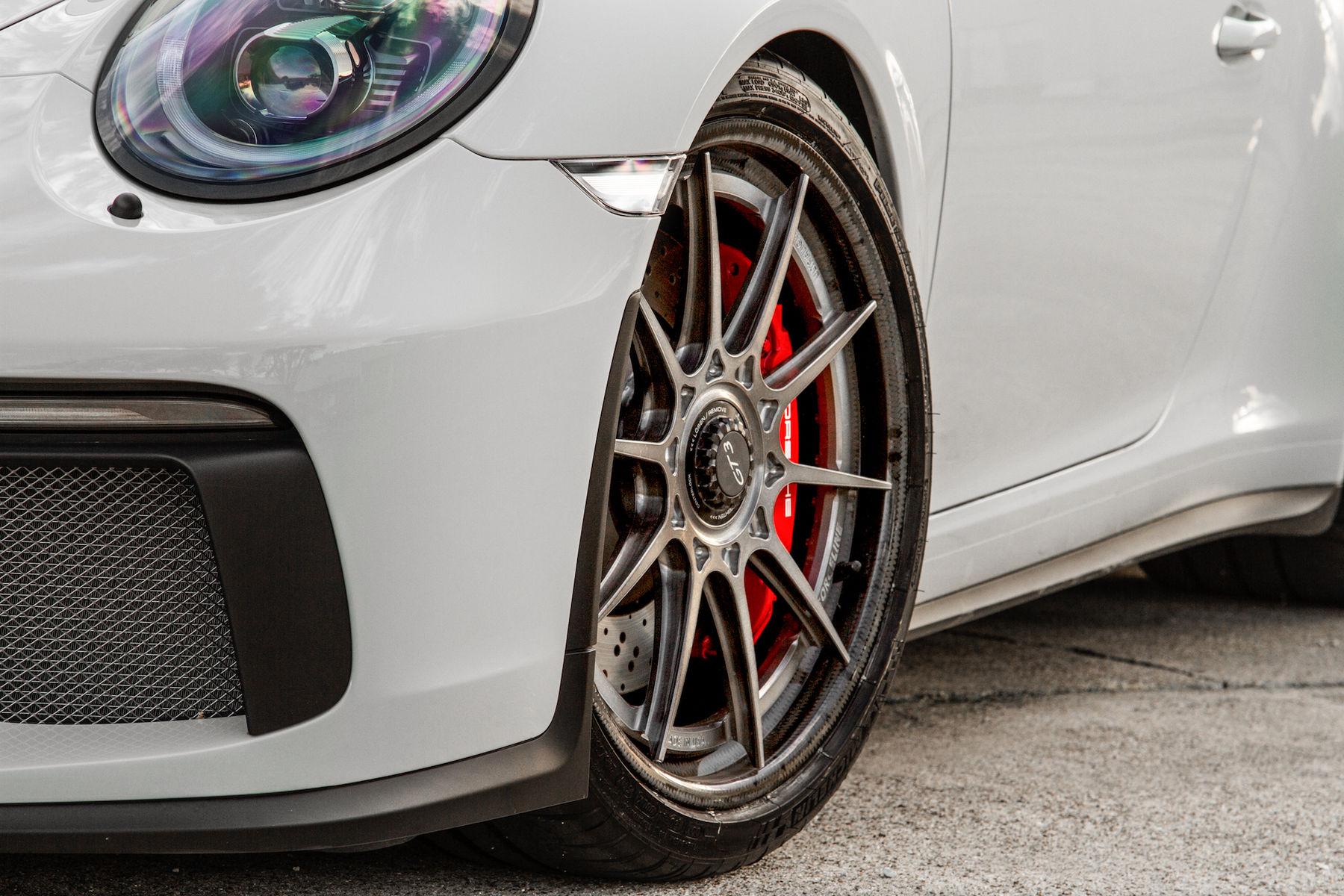 2018 Porsche 911 | Wheel Experts' Porsche GT3 on Center Locking Forgeline Carbon+Forged CF205 Wheels