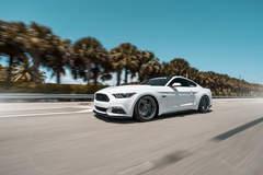 White Mustang GT | Classic5 Matte Gunmetal