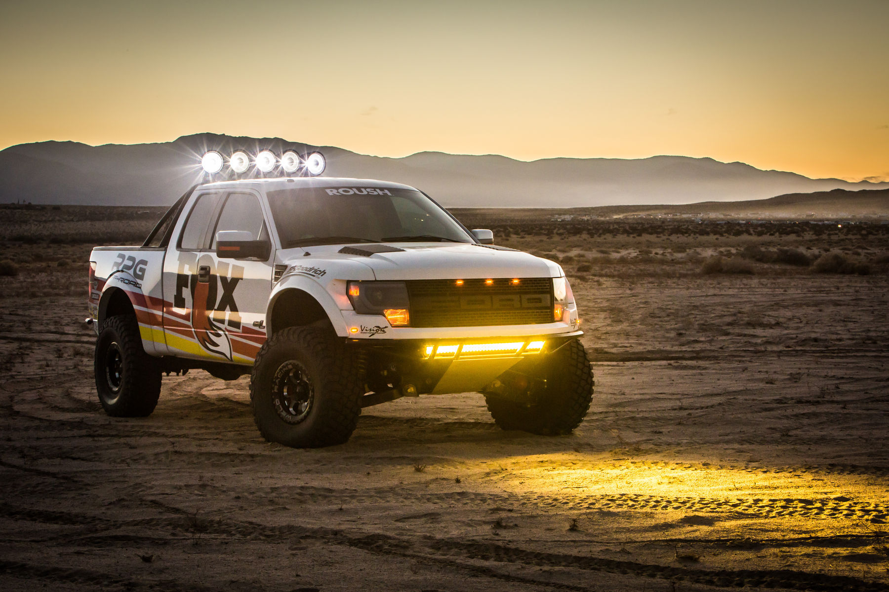 2013 Ford Raptor | Fox RPG Off-Road Raptor - Beadlock Wheels
