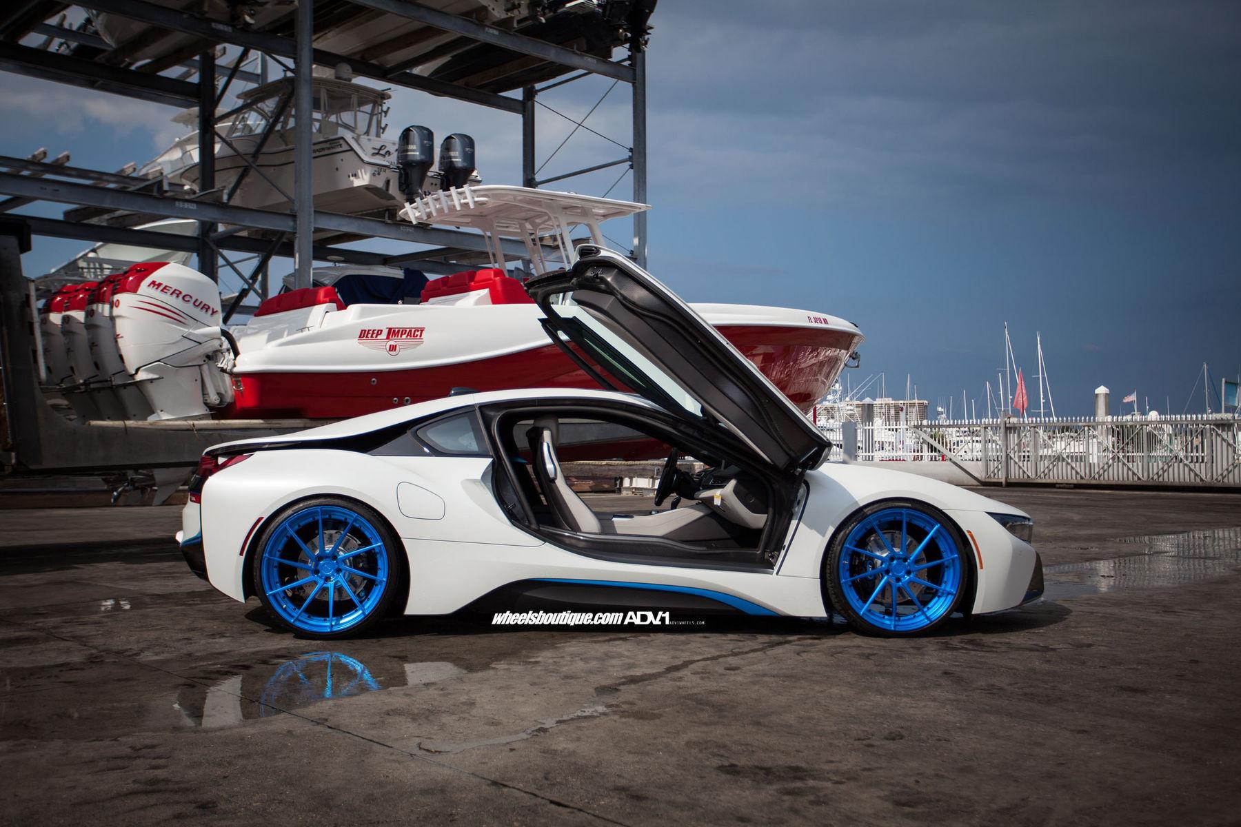 2015 BMW i8 | BMW i8