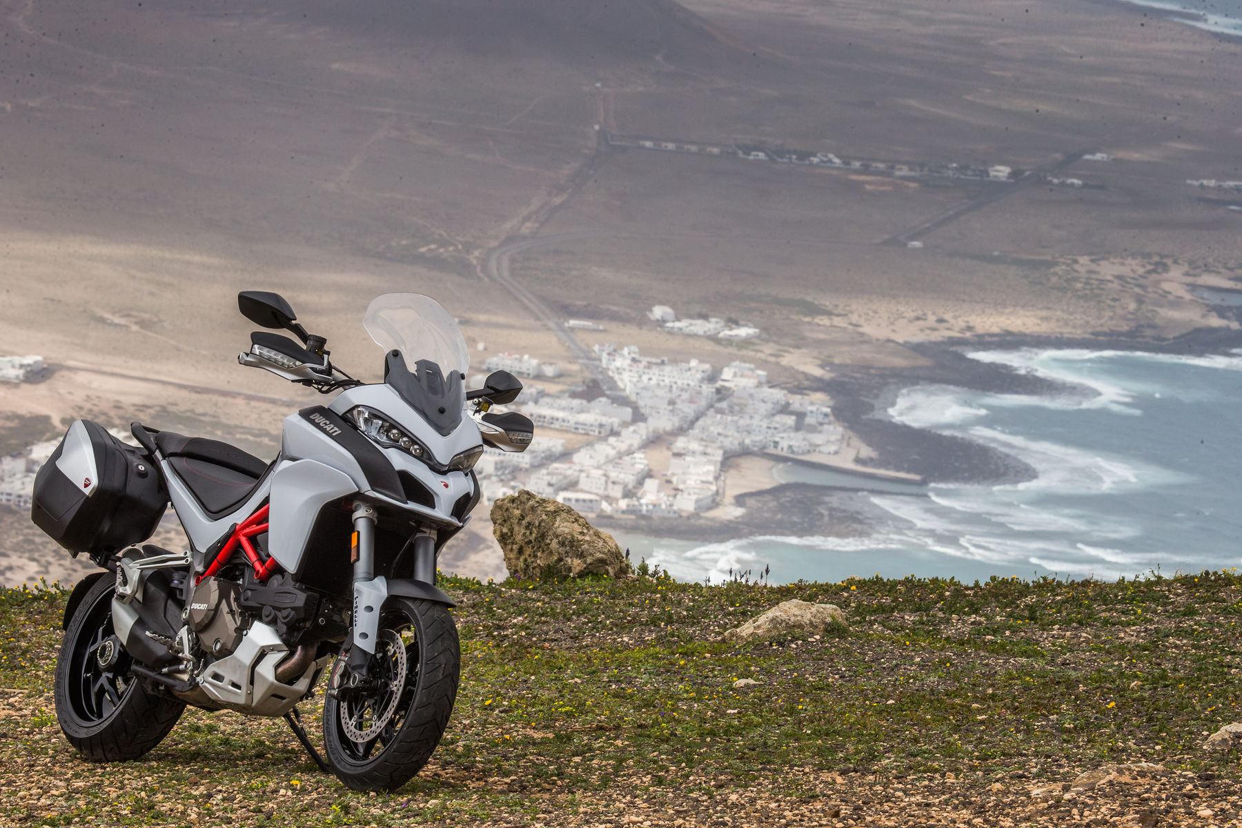 2015 Ducati Multistrada 1200 S | Multistrada 1200 S - Coastal Views