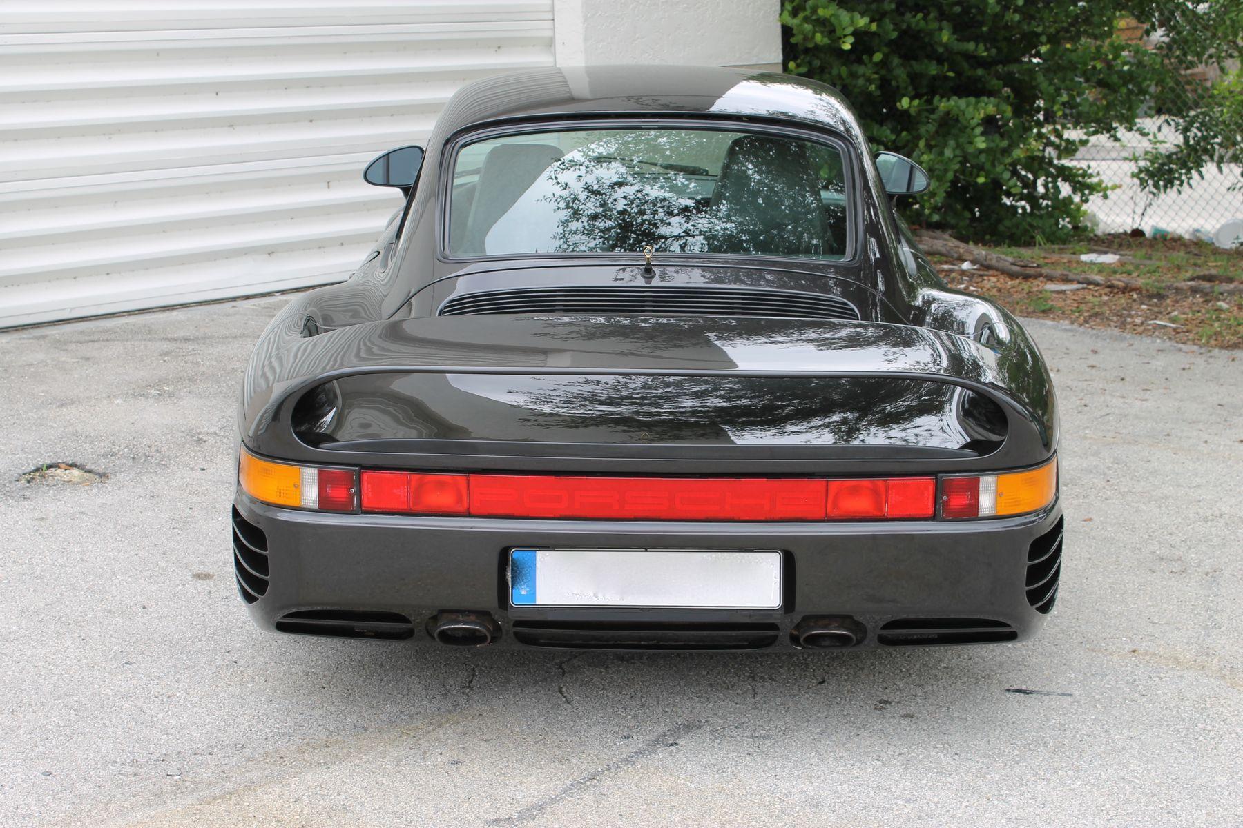 | Porsche 959