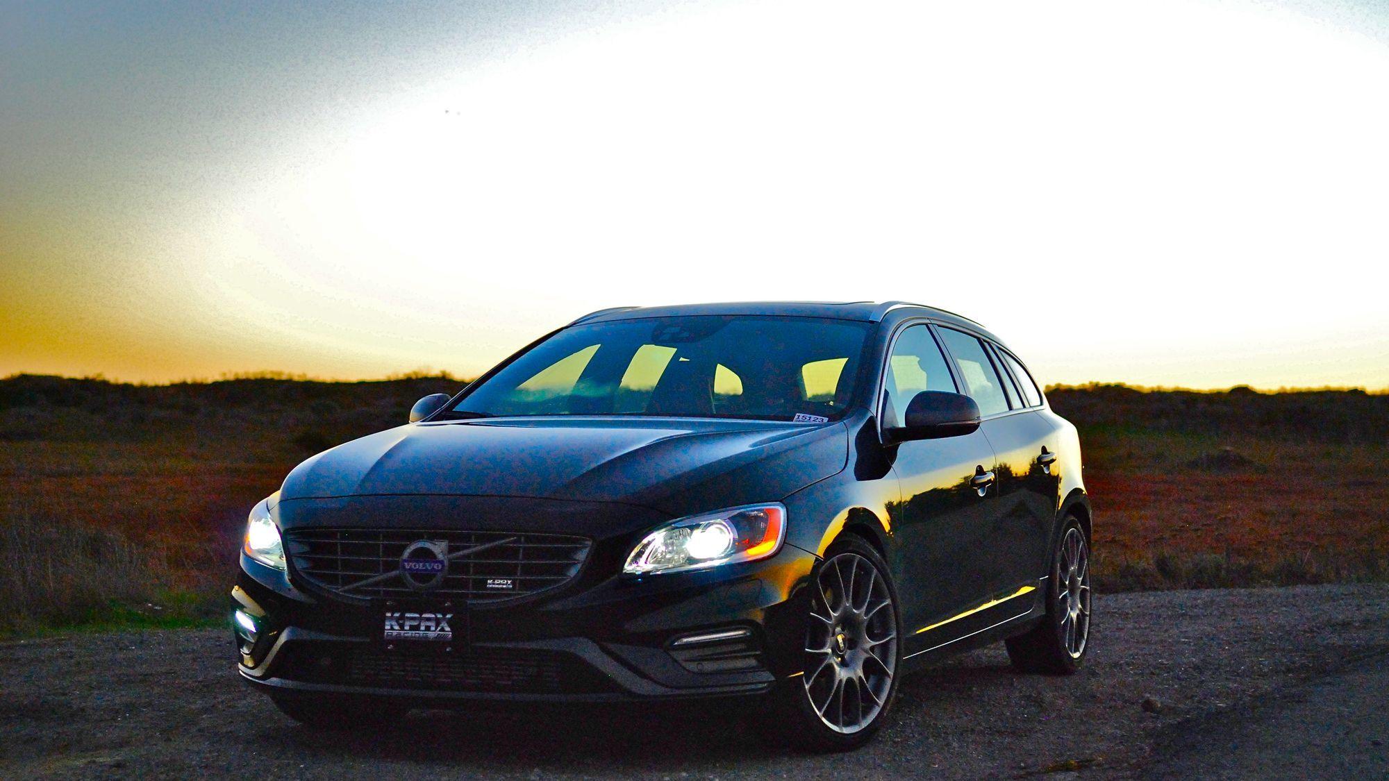 2015 Volvo  | K-PAX Racing VOLVO V60 GT6 - Front End Shot