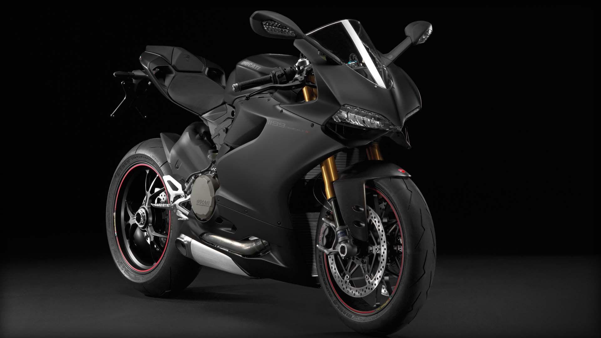 2014 Ducati 1199 PANIGALE S | Ducati 1199 Panigale S - Black Model