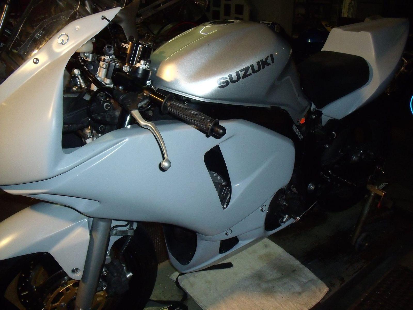 Suzuki  | SV650