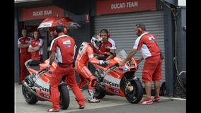 2013 MotoGP - Philip Island - Pit Stop