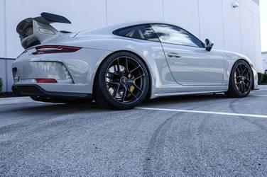 2018 Porsche 911 | Tom's Graham Rahal Performance-Prepped Porsche 991 GT3 on Forgeline One Piece Forged Monoblock VX1R Wheels