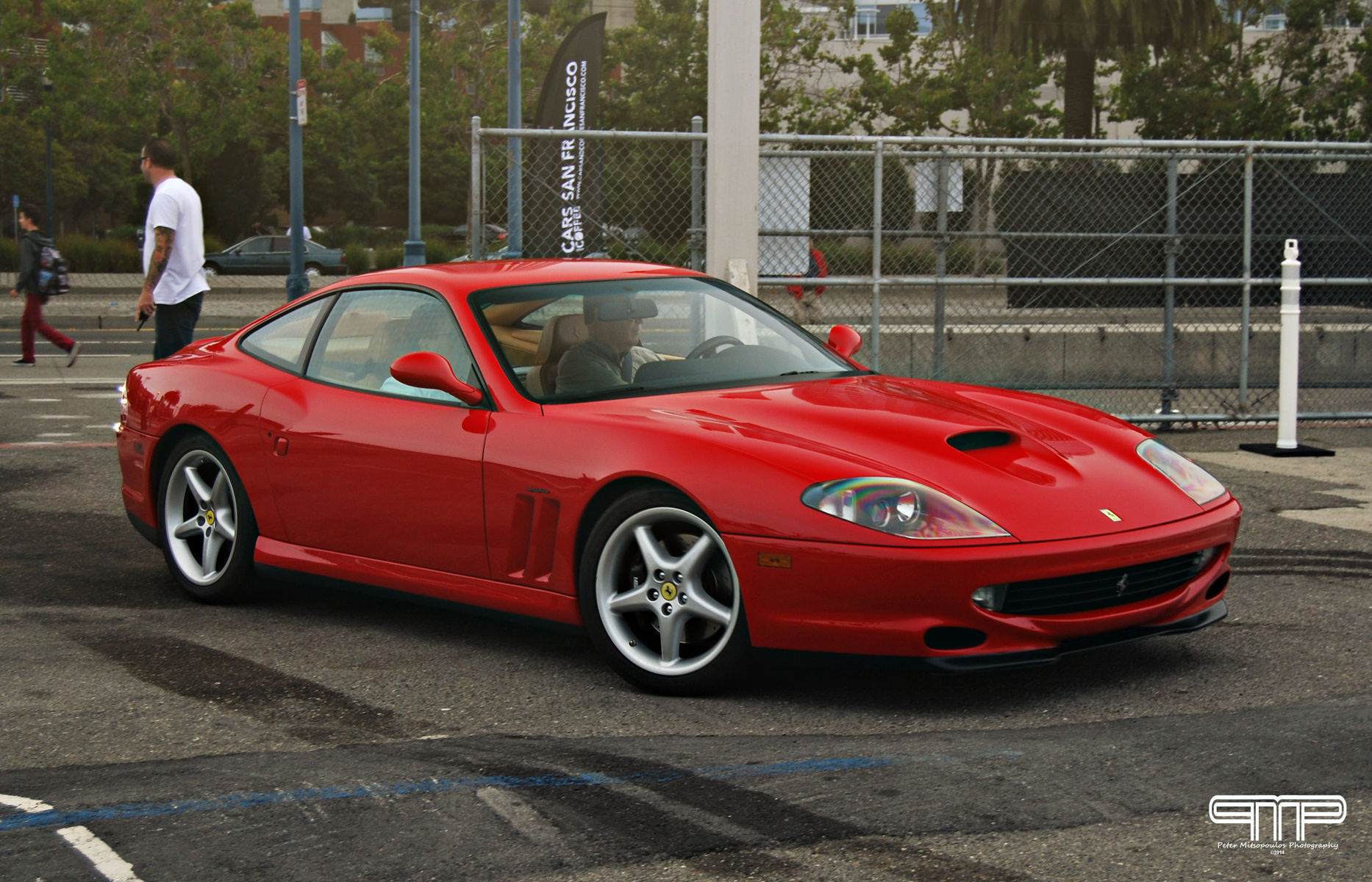 Ferrari 550   Ferrari 550