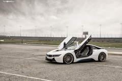 "BMW i8 on 22"" Avant Garde's - Doors Up"