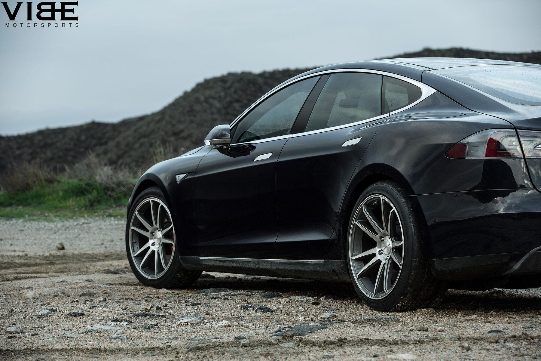 Tesla Model S | Tesla Model S P85D on 20