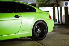 Green BMW 6 Series - Fitment