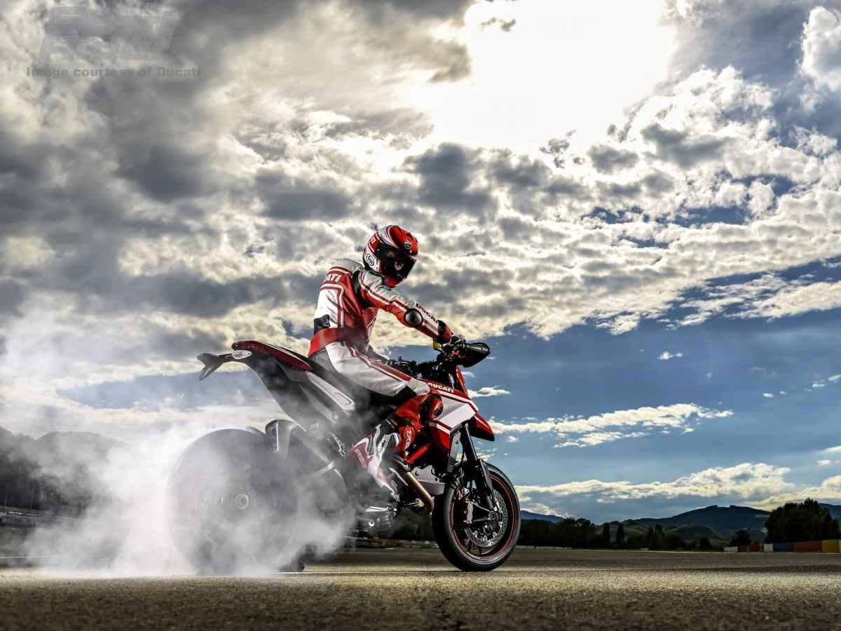 2015 Ducati  | 2015 Ducati Hypermotard SP