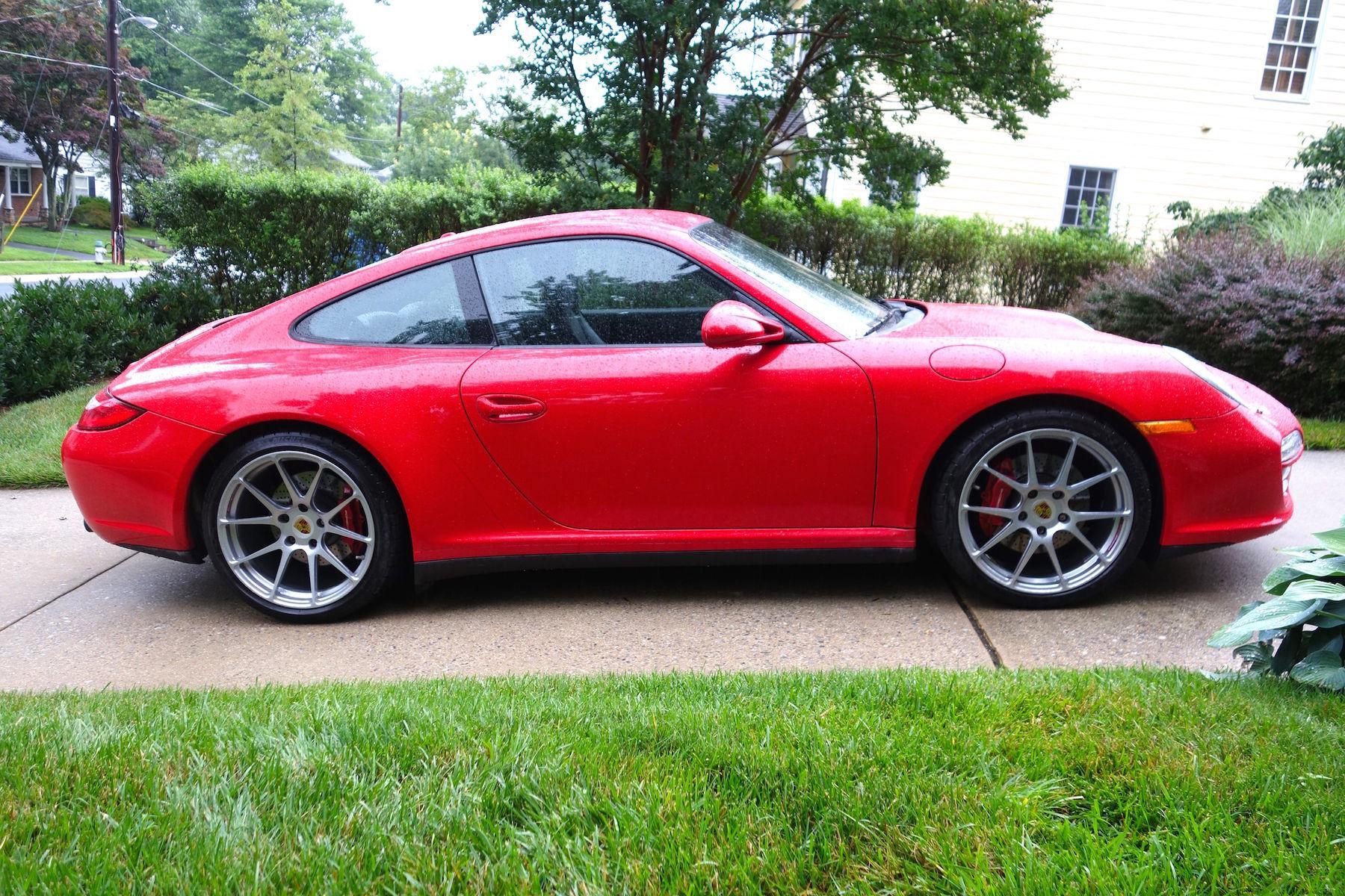2011 Porsche 911 | 997 Porsche 911 C4S on Forgeline GA1R Wheels