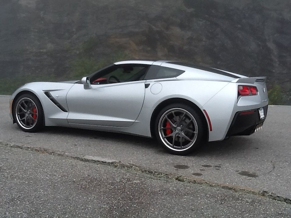 2014 Chevrolet Corvette Stingray | Bob Hardt's C7 Corvette Stingray Z51 on Forgeline VX3C Wheels
