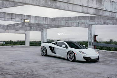 ADV.1 Wheels' McLaren MP4-12c