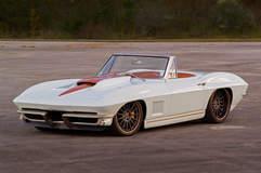 Sonny & Debbie Freeman's '67 Corvette Stingray on Forgeline MS3C Wheels