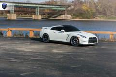White GTR (Godzilla) - Side
