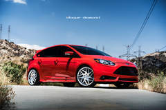 2014 Ford Focus Fitted With 19 Inch BD-3's in Silver