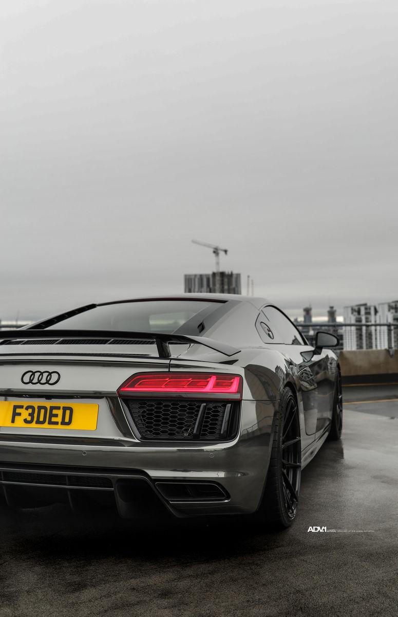 Audi R8 | Black Chrome Audi R8 - ADV5.0 M.V2 CS Series Wheels
