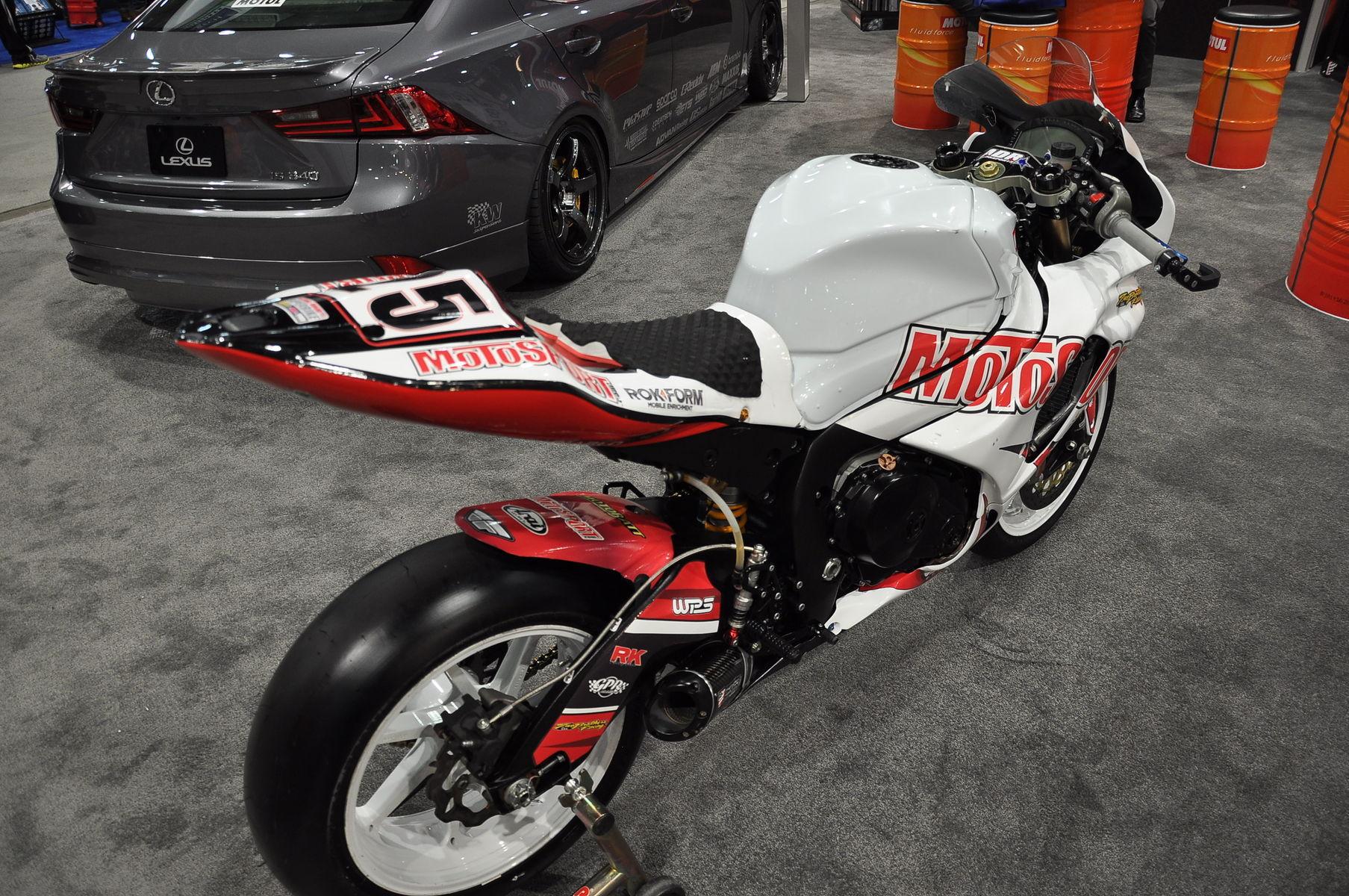 2013 Suzuki GSX-R1000   2013 Motosport.com Suzuki GSXR1000 AMA Superbike