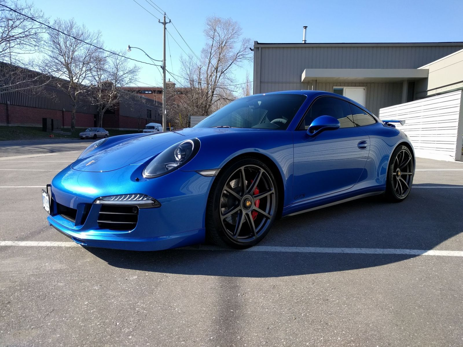 2016 Porsche 911 | Vice's Sapphire Blue Porsche 911 GTS on Forgeline One Piece Forged Monoblock GE1 Wheels
